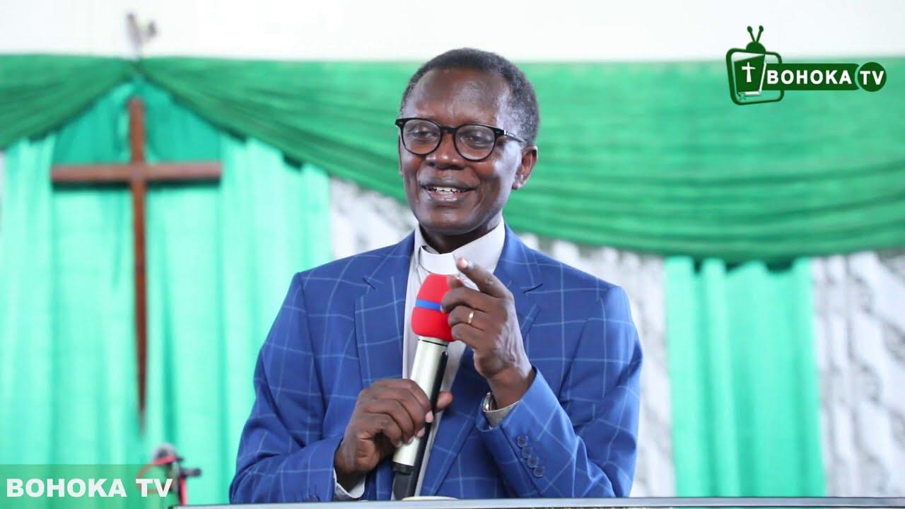 Download Rev. Dr. Antoine RUTAYISIRE IBINTU 7 WAKIGIRA KURI DAWIDI BIZANA IGIKUNDIRO CY'IMANA ukagira umuti..