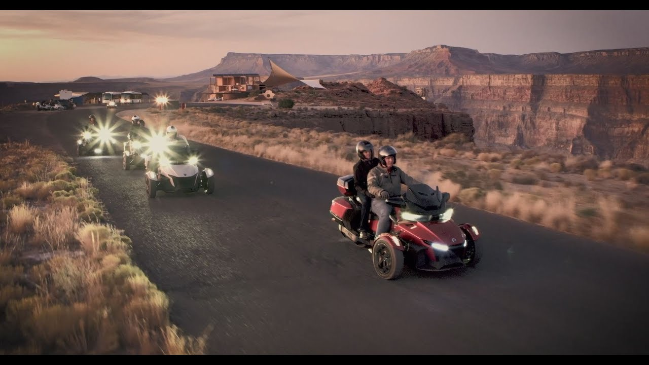 2016 Can-Am Spyder RT Limited Reviews, Prices, and Specs