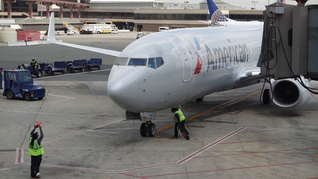 American Airlines Boeing 737 800 Newark To Miami Youtube
