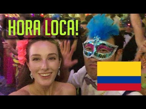 "Crazy Fun Colombian Wedding With ""Hora Loca"" (vlog #72)"