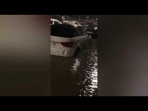 Llegar de trabajar... y encontrarte tu calle completamente inundada