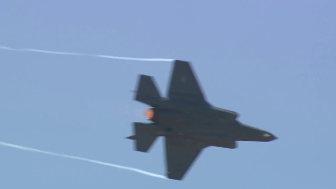 small resolution of f 35 aerial demonstration debut at 2017 paris air show