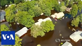 A bird's-eye view of North Carolina under water thumbnail