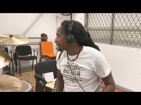 Youtube: Admiral T – Les coulisses de Solid'Art Mizik