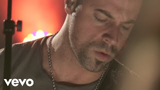 Daughtry - Crawling Back To You (Clear Channel iHeart 2012)