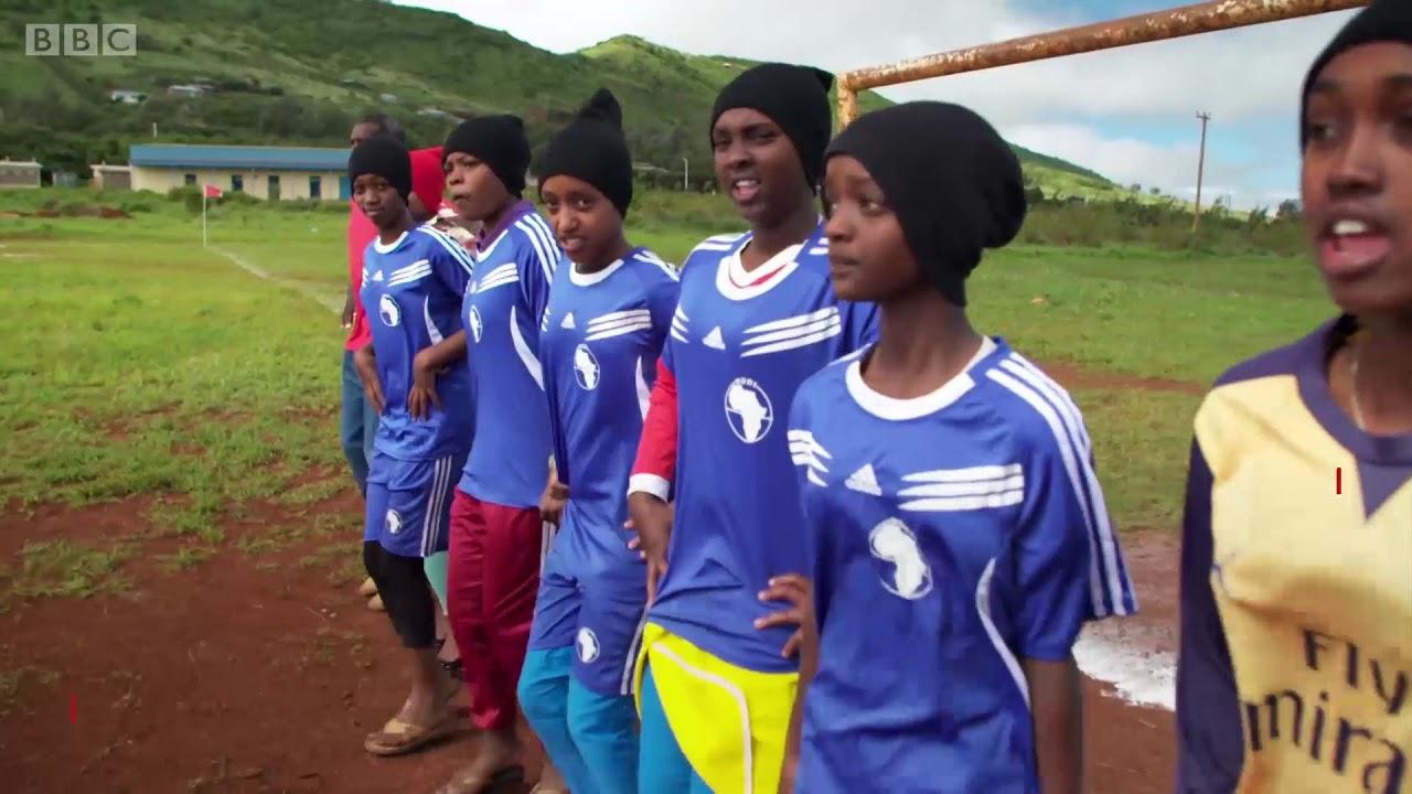 BBC Hausa - Yadda 'yan mata ke zama 'yan kwallo don gujewa auren wuri a  Kenya
