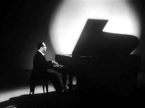 Naum Shtarkman plays Chopin etude op. 25 no. 5 - video