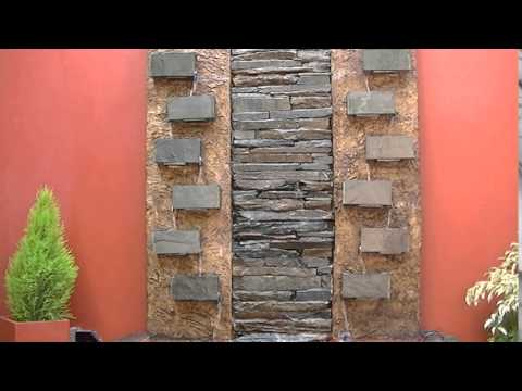 Paredes de agua cortinas de agua fuentes cascadas for Cascada artificial en pared