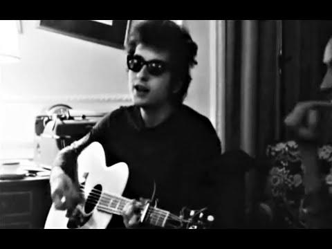Bob Dylan - Let Me Die In My Footsteps (Savoy Hotel 1965) [RARE UNRELEASED FOOTAGE]
