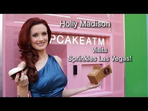 Holly Madison visits the Sprinkles Cupcake ATM in Las Vegas!