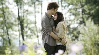 Twilight Soundtrack HD ( wallpapers Edward Cullen and Bella Swan )