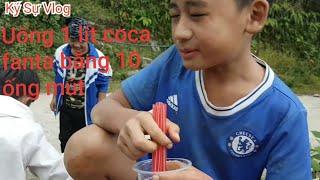 Thử thách uống 1 lít coca fanta bằng 10 ống mút