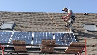 Солнечные батареи в загородном доме. Монтаж своими руками(, 2017-06-02T21:25:09.000Z)