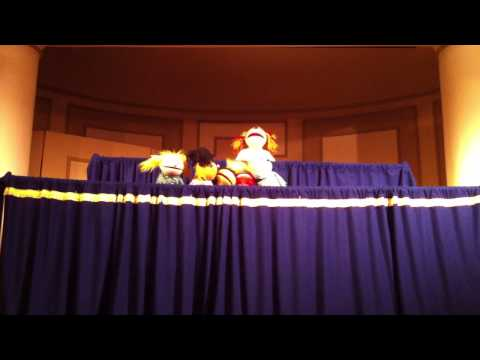 HRL Master Puppeteers 10 in the bed song