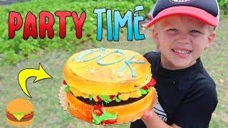 Giant Hamburger Cake!