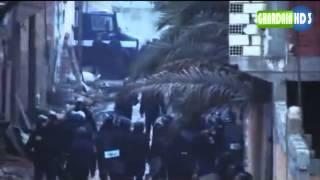Repeat youtube video أحداث غرداية الأمن الوطني في الحاج مسعود ويغرق الحي بالقنابل المسيلة للدموع