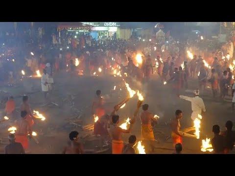 شاهد: -حرب كرات اللهب- بين الهندوس بمهرجان النار في الهند…  - نشر قبل 36 دقيقة