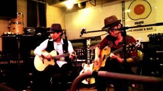 ギターデュオ「かりんとう」Live in RHH fest http://redhigh-heel.com/...