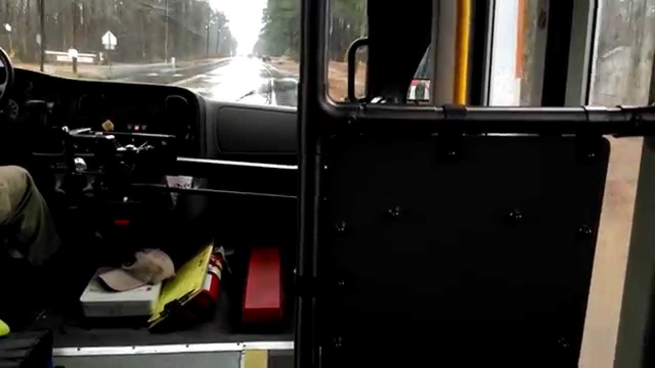 Freightliner M2 with a broken engine fan - YouTube