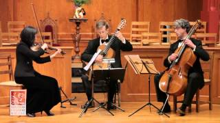 Tempo di Minuet non troppo Allegro from Grand Trio Divertissement extrait de Mozart by P. Porro