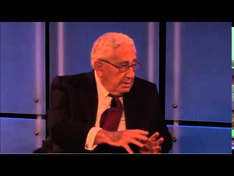 Henry Kissinger discusses global risks in 2014