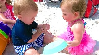 BEACH BABY FOOT MASSAGE