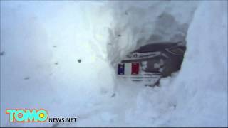 Cabin Fever: Canadian dude digs 25-foot long, six-feet high snow tunnel to his car