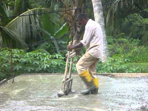 Sri Lanka ශ් රී ලංකා Ceylon Concrete Workers In Action 01