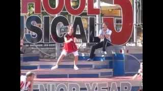 Colleen Ballinger - Miranda Sings in High School Musical at Disneyland
