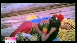 Adukku Malli  Eduthu Vanthu Thotuthu Vacha Mane-aavaram poo.mp4