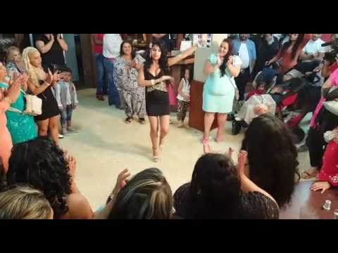 Gitana de Pontevedra bailando
