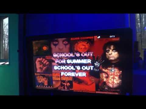 Alice Cooper karaoke - school ' s  out