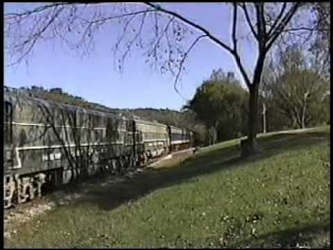 Tennessee Central Passenger excursion train chase from Cookville,TN to Nashville,TN Oct 2003  NYC E8