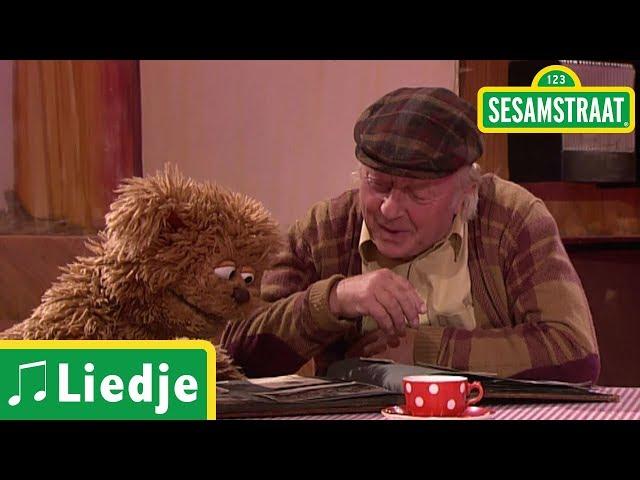 Opa's kleuterklas - Meneer Aart & Tommie - Liedje - Sesamstraat