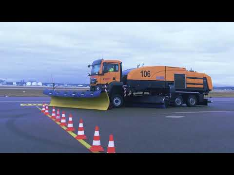 Schmidt CJS-DI - Compact Jet Sweeper With De-icer For Airports