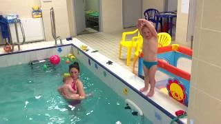 Маленький чемпион-Обучение плаванию в бассейне в Минске для детей (Курсы,Секция,занятия)