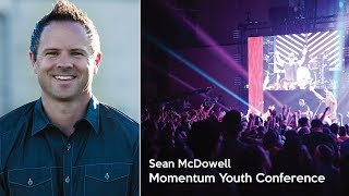 Sean McDowell Speaking During a 2017 Momentum Youth Conference Main Session