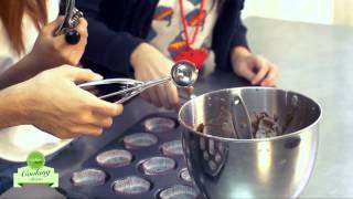 Cách làm bánh Cupcake chocolate hình mạng nhện