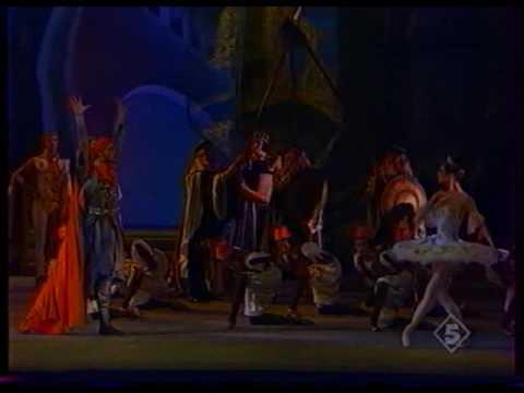 Yulia Makhalina in Raymonda act II. (1/2)