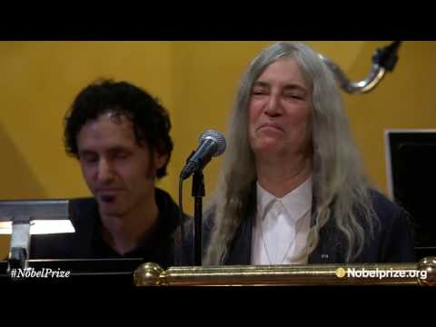 "Patti Smith performs Bob Dylan's ""A Hard Rain's A-Gonna Fall"" - Nobel Prize Award Ceremony 2016"