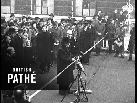 Opening Of Waterloo Bridge (1945)