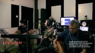 Grup Revan -  Memik Oğlan (Canlı Performans)