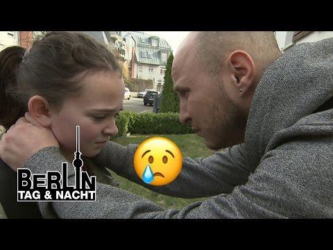 Berlin - Tag & Nacht - Krätze trifft seine Schwester! #1440 - RTL II