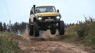 Wild Lada Niva Runs and Jumps! 300 HP V8