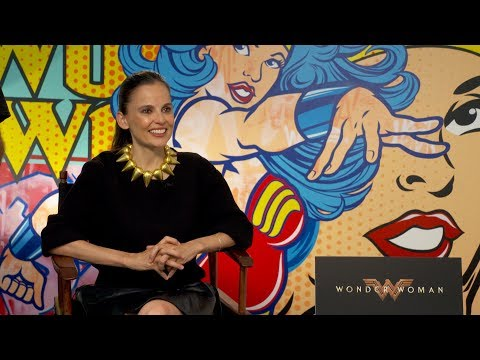 Meet Wonder Woman's Doctor Poison Actress Elena Anaya