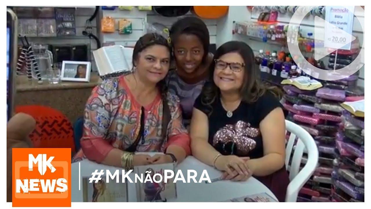 Midian Lima e Léa Mendonça - Tarde de Autógrafos (#MKnãoPARA)