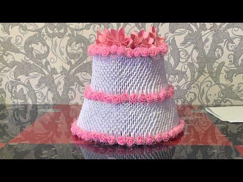 decorating-wedding-cake