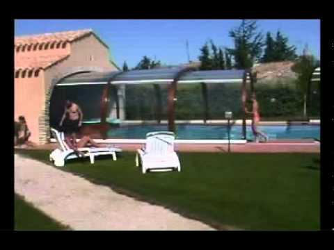 Decouvrez l 39 abri de piscine bois by sun abris youtube for You tube abri de piscine