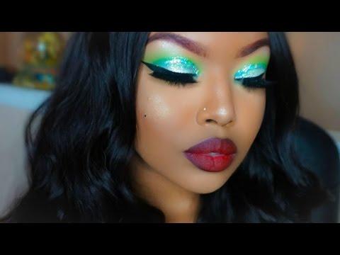 Green Glitter Smokey Eye