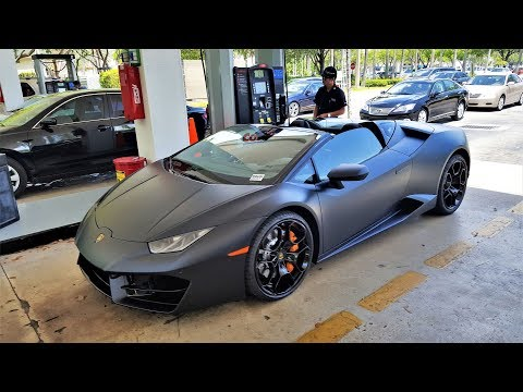 Lamborghini Huracan Spyder Test Drive LOUD Accelerations Downshifts & Revs at Lamborghini Miami